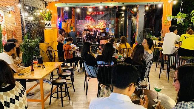 E-Acoustic & E-Z beer - Quán cafe Acoustic lãng mạn