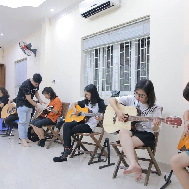 MTC - lơp học guiar ở Hà Nội