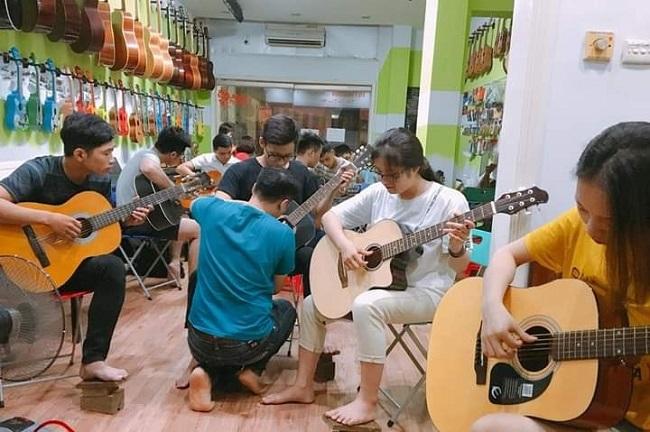 Học Guitar tại Passion