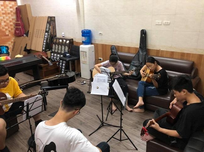 Trung tâm Tiến Thành Music School