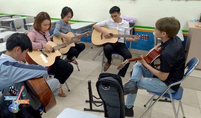MIS - địa chỉ học Gutar ở Hà Nội