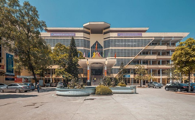 Học viện Tài chính (AOF)