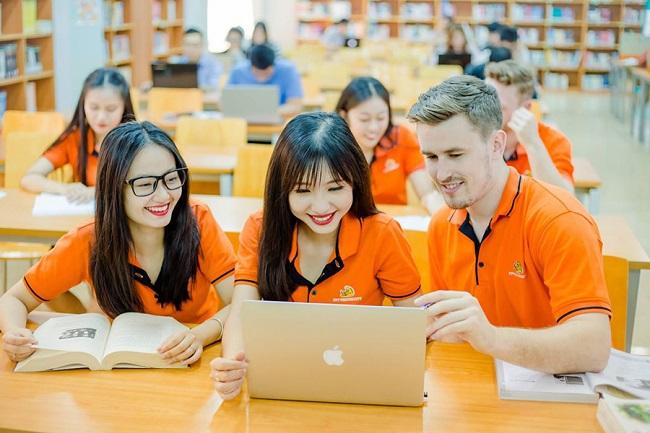 Học quản trị kinh doanh tại Trường Đại học FPT