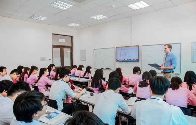 Học Quản trị kinh doanh tại Trường Đại học Tôn Đức Thắng